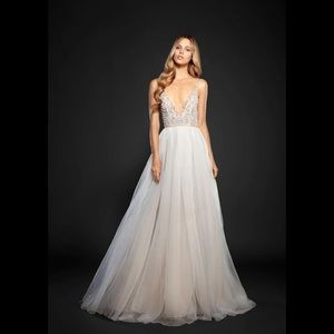Hayley paige Kenny organza A-like gown